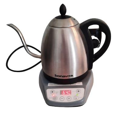 caffè con moka acqua